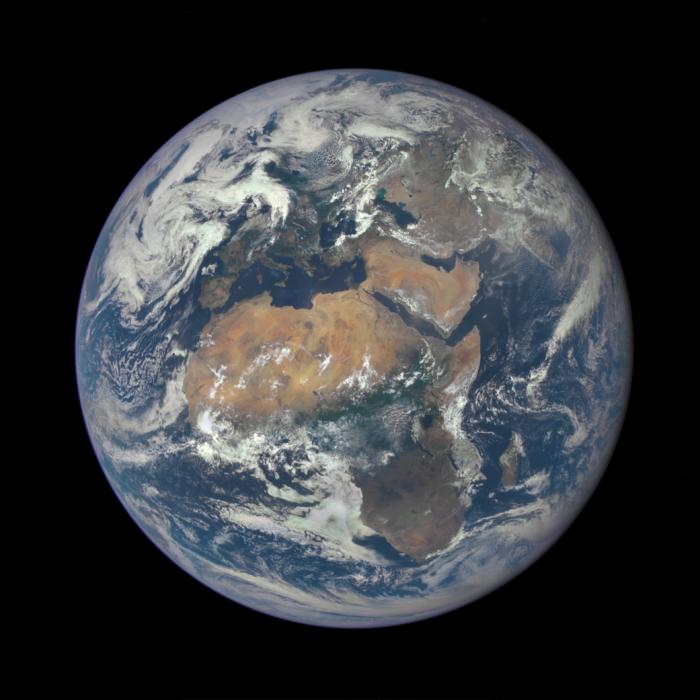 Žemės vaizdas iš NASA kosminės observatorijos (DSCOVR).